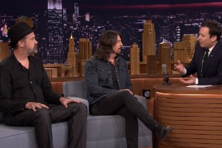 Watch Dave Grohl &#038; Krist Novoselic On <em>The Tonight Show</em>