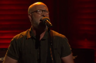 Watch Bob Mould Play &#8220;I Don&#8217;t Know You Anymore&#8221; On <em>Conan</em>