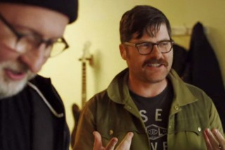 "Bob Mould – ""I Don't Know You Anymore"" Video (Feat. Colin Meloy)"