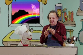 Watch Jesus Lizard's David Yow Teach A Puppet How To Make A Healthy Snack