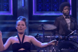 Watch Sylvan Esso Play <em>The Tonight Show</em> With ?uestlove