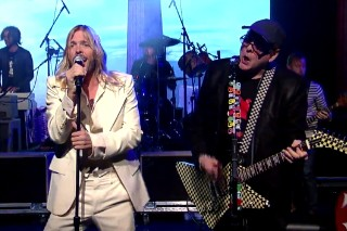 Watch Foo Fighters Cover Cheap Trick With Rick Nielsen On <em>Letterman</em>