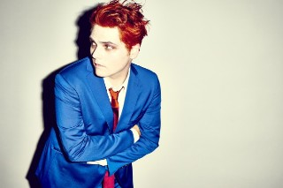 """Watch Gerard Way Cover Sleater-Kinney's """"I Wanna Be Your Joey Ramone"""" At CMJ"""
