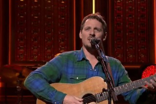 Watch Sturgill Simpson Get Intense And Grizzled On <em>Fallon</em>