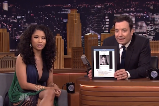 Watch Nicki Minaj Talk About Her Job At Red Lobster, Perform &#8220;Bed Of Lies&#8221; With Skylar Grey On <em>Fallon</em>