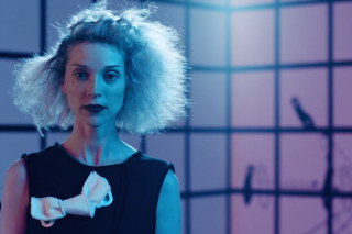 """St. Vincent – """"Birth In Reverse"""" Video"""