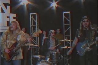 "King Tuff – ""Headbanger"" Video"