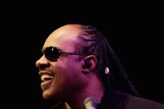 Chris Martin, Janelle Monáe, Willie Nelson To Play <em>Stevie Wonder: Songs In The Key Of Life</em> Tribute Concert