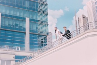 """Madeon – """"Pay No Mind"""" (Feat. Passion Pit) Video"""
