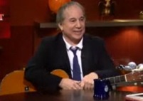 Paul Simon Stops By <em>The Colbert Report</em>