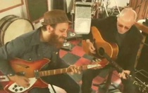 "New Dan Auerbach (Black Keys) Live Video – ""Trouble Weighs A Ton"""