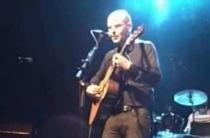 "Radiohead's Phil Selway, In Singer-Songwriter Mode For ""The Ties That Bind Us"""