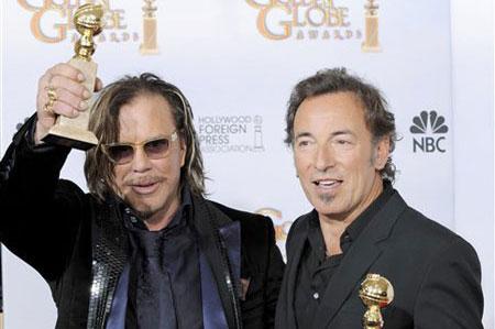<em>Wrestler</em>, <em>Slumdog</em> Win Musical Golden Globes