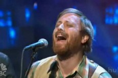 "Dan Auerbach Brings ""My Last Mistake"" To Conan"