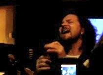 eddie_vedder-arizona-karaoke1.jpg