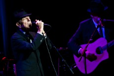 Leonard Cohen @ Beacon Theater, NYC 2/19/09 & Full Tour Dates