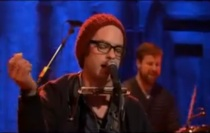 Clap Your Hands Say Yeah Debut &#8220;Statues&#8221; For <em>Jimmy Fallon</em>