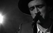 veils-live-scarecrow-acoustic.jpg