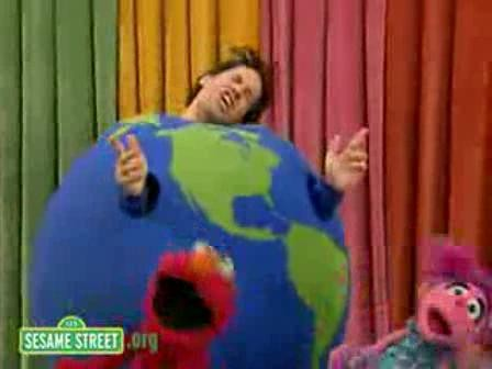 paul_rudd_on_sesame_street.jpg