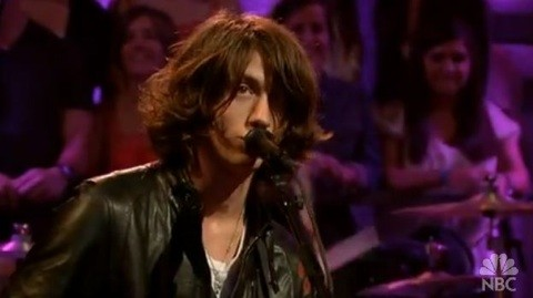 arcticmonkeys-crying-fallon.jpg