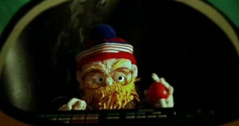 """New Dan Deacon Video – """"Paddling Ghost"""""""