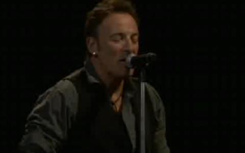 "Springsteen's ""Wrecking Ball"" Kicks Off Giants Stadium's Last Stand"