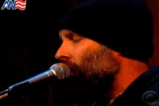 "Built To Spill Bring ""Oh Yeah"" To Letterman"
