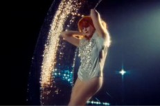 florence-xx-remix-video.jpg