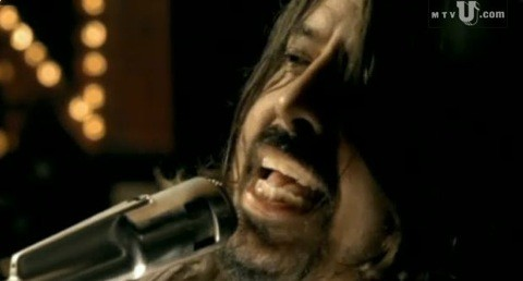 foofighters-wheels-video1.jpg
