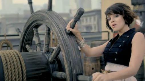 "New Norah Jones Video – ""Chasing Pirates"""
