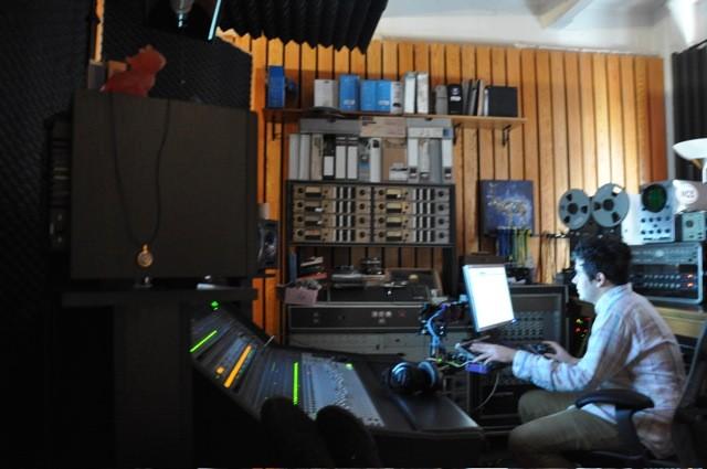 Vampire Weekend In The Studio, 2009 1