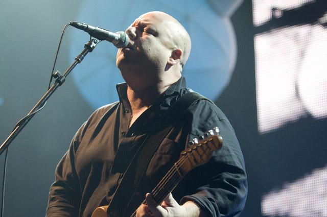 Pixies/No Age @ Hollywood Palladium, Los Angeles 11/4/09