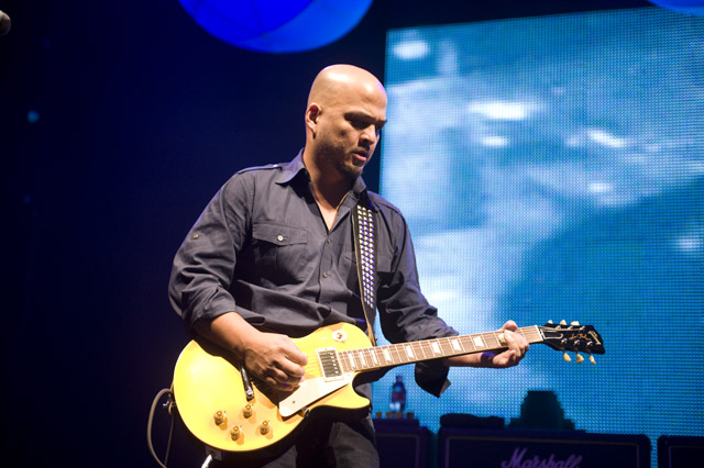 Pixies/No Age @ Hollywood Palladium, Los Angeles 11/4/09 4
