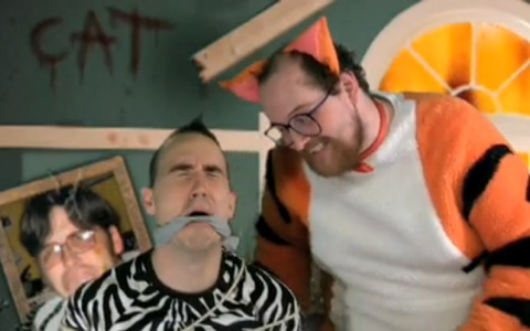 "New Dan Deacon Video – ""Woof Woof"""