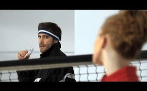 """Vampire Weekend – """"Giving Up The Gun"""" Video (Feat. RZA, Jake Gyllenhaal, Lil Jon & Joe Jonas)"""
