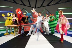 "of Montreal Visit <em>Yo Gabba Gabba!</em> With ""Bananas, Rice, Applesauce, Toast!"""