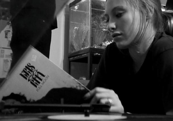 """Roadside Graves - """"Liv Tyler"""" Video"""