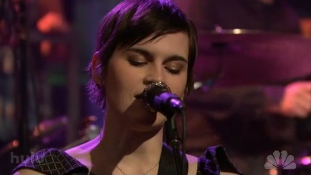 "Kaki King ""Falling Day"" Fallon Video"