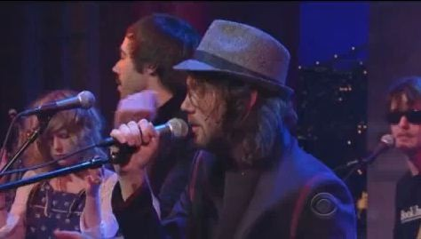 "Broken Social Scene ""Forced To Love"" On Letterman"