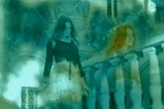"""Hope Sandoval & The Warm Inventions - """"Trouble"""" Video"""