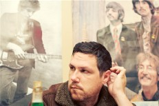 "Damien Jurado – ""Cloudy Shoes"""