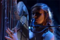 "Joanna Newsom - ""81"" Jools Holland Video"