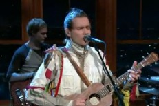 "Jónsi Brings ""Go Do"" To Ferguson"