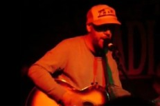 "Jason Lytle & Midlake – ""I Need You"" (America Cover) Live Video"
