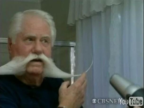 moustache_champion