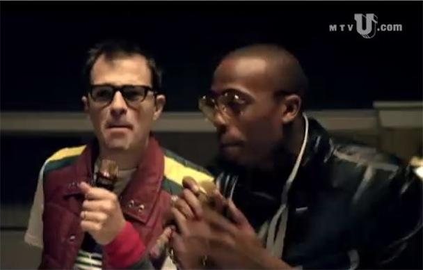 """B.o.B. & Rivers Cuomo – """"Magic"""" Video"""