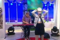 Robyn Unplugged On German TV