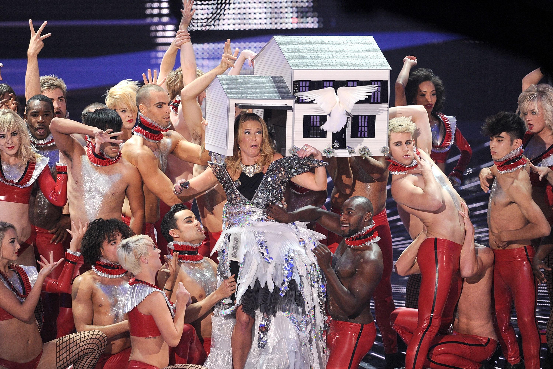 Chelsea Handler Hosts 2010 MTV VMAs