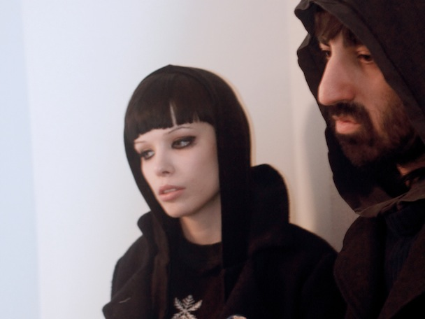 """Crystal Castles & Robert Smith – """"I'm Not In Love"""""""