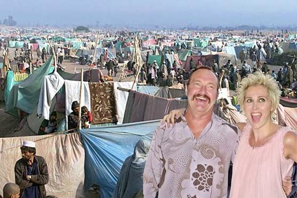 evi_randy_quaid_refugees